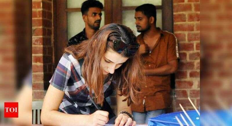 58% students who applied for admission to DU under first list paid their fees: Officials Times of India
