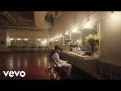 Justin Bieber & benny blanco Lonely (Official Music Video)