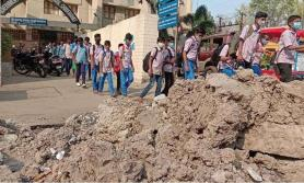 Hyderabad: Dug up road in Chaderghat proves dicey for school staff, students